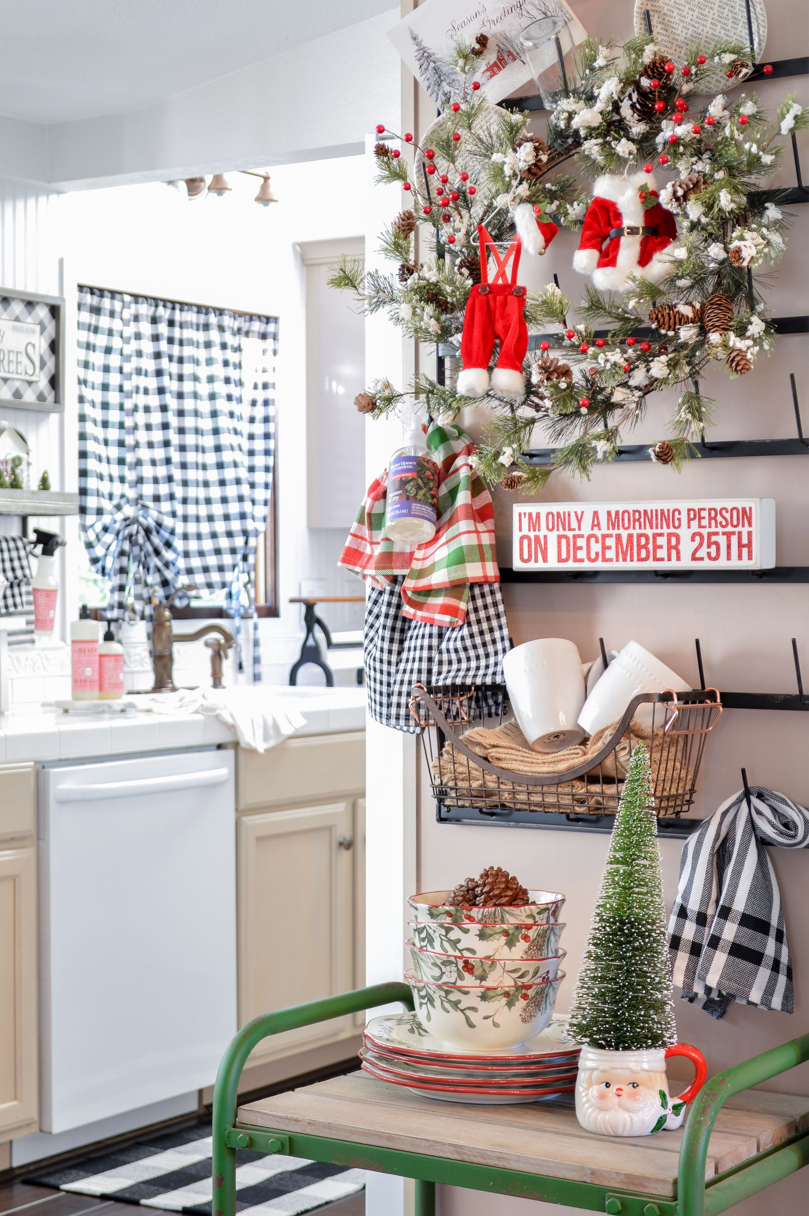 Happy Christmas Kitchen Christmas Kitchen Decor Farmhouse Christmas Decor Christmas Decor Diy