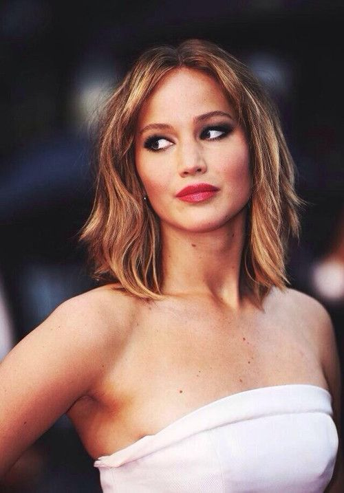 Jennifer Lawrence- I love her hair like this!