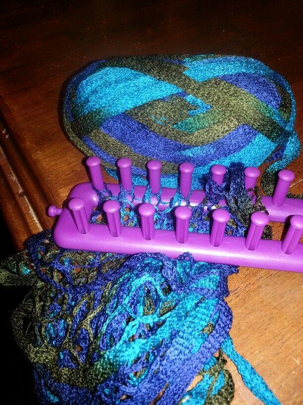 Looming a sashay scarf | looooming | Pinterest | Sashay scarf ...