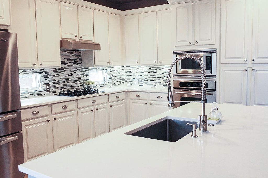 Bliss Home Interior Design Llc Cabinets Sherwin Williams Sw 7010 White Duck Counter Tops Compac Carrara Quartz Home Interior Design House Interior Home