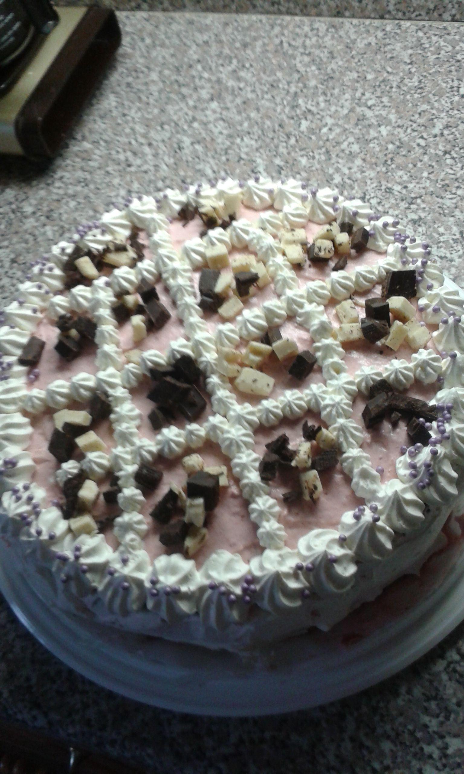 vadelma suklaakakku.