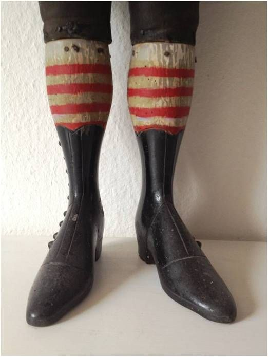 Antik Schneiderpuppe Modepuppe Büste Mannequin Stockman + Stiefel 90cm RAR! en vente sur eBay.fr (fin le 21-avr.-13 13:34:21 Paris)