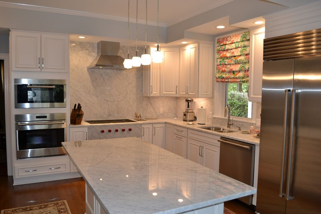 White Carrara Marble Countertops Complimented By Matching Full Height Backsplash Marble Countertops Neworleans