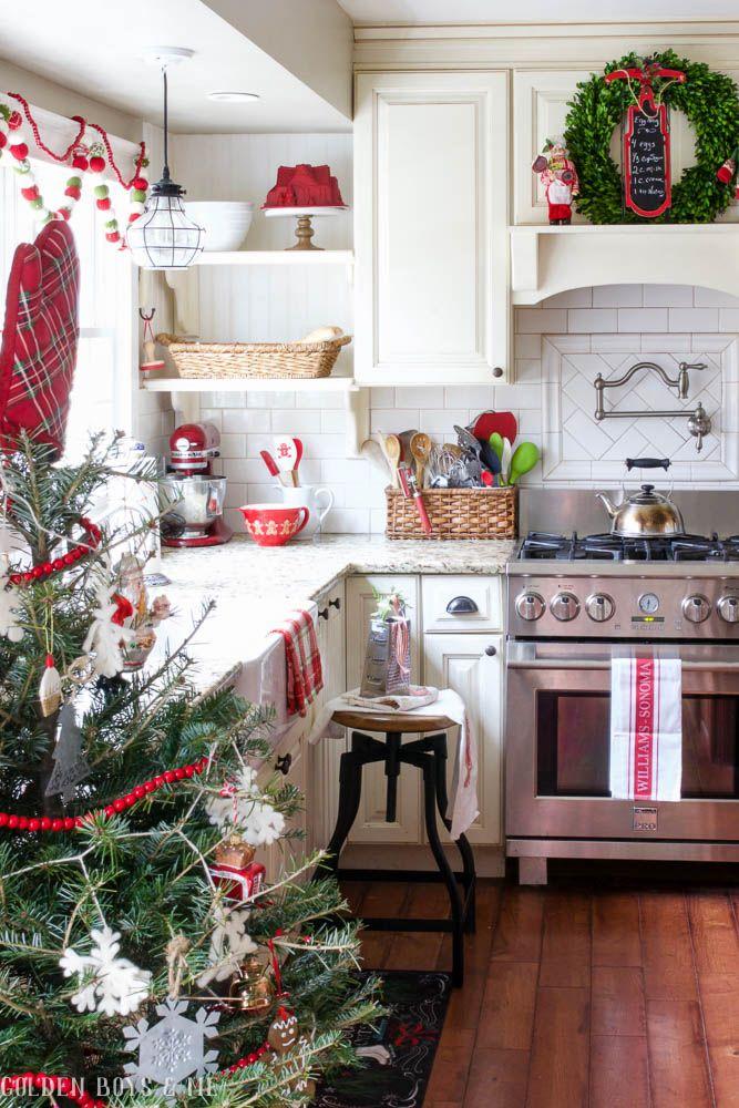 12 Stunning Christmas Tree Theme Ideas Christmas Kitchen Rustic