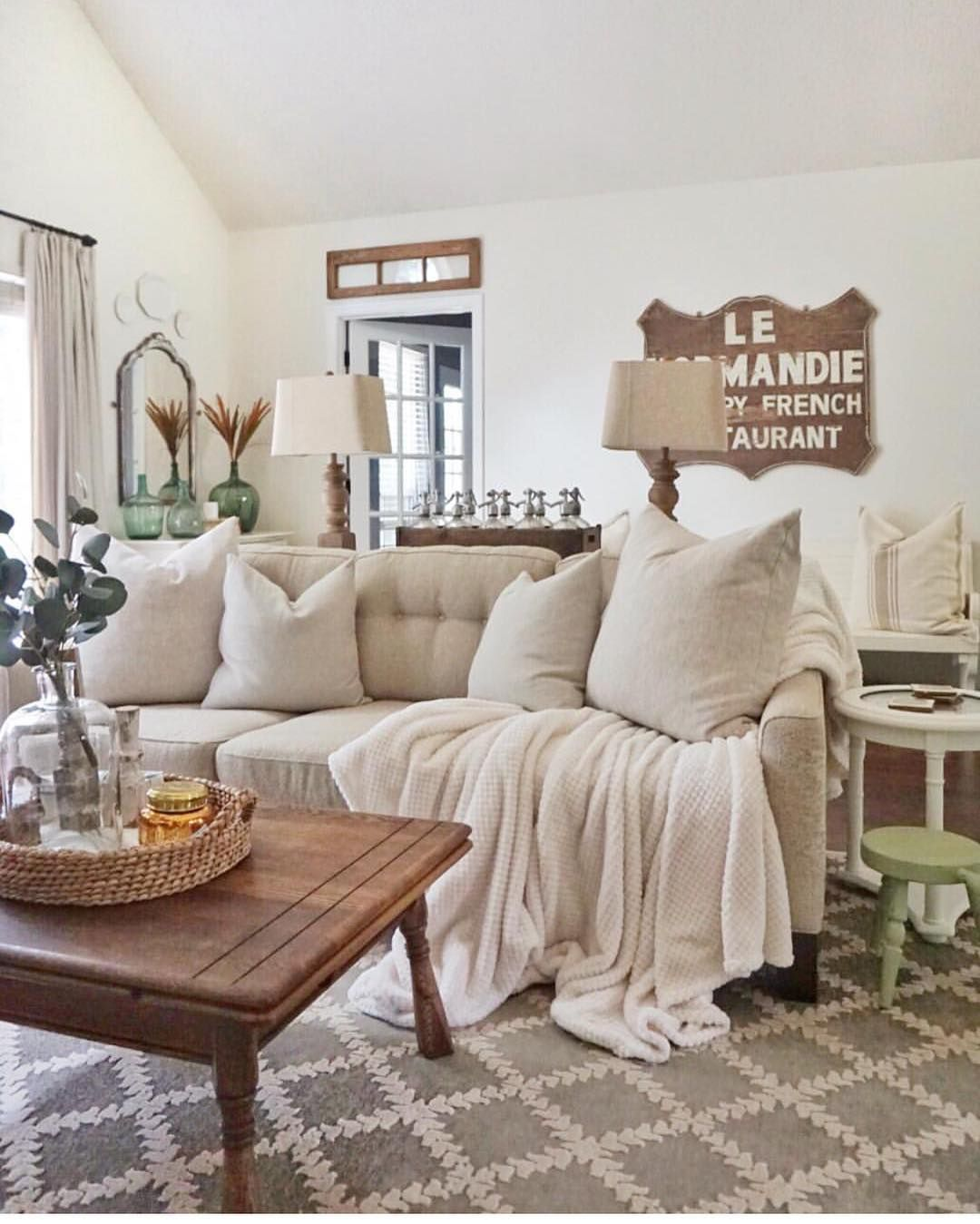 Sensational Cottages Bungalows Magazine On Instagram Our Kind Of Interior Design Ideas Gresisoteloinfo