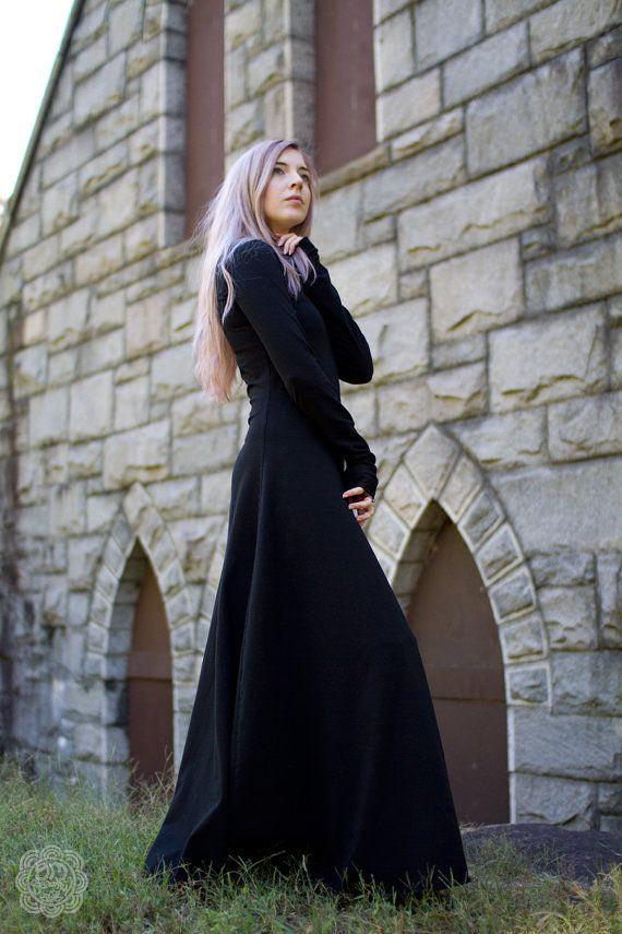 5698e667199 PLUS SIZE Gothic Dress Medieval Black Dress Witch Plus Size Gothic Dresses