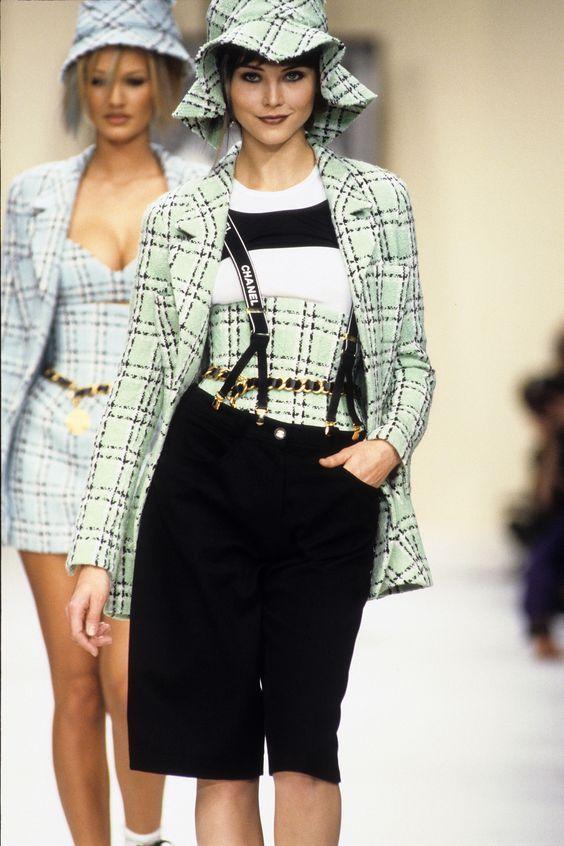 8c7b0c2845 Chanel Vintage Fashion Show details