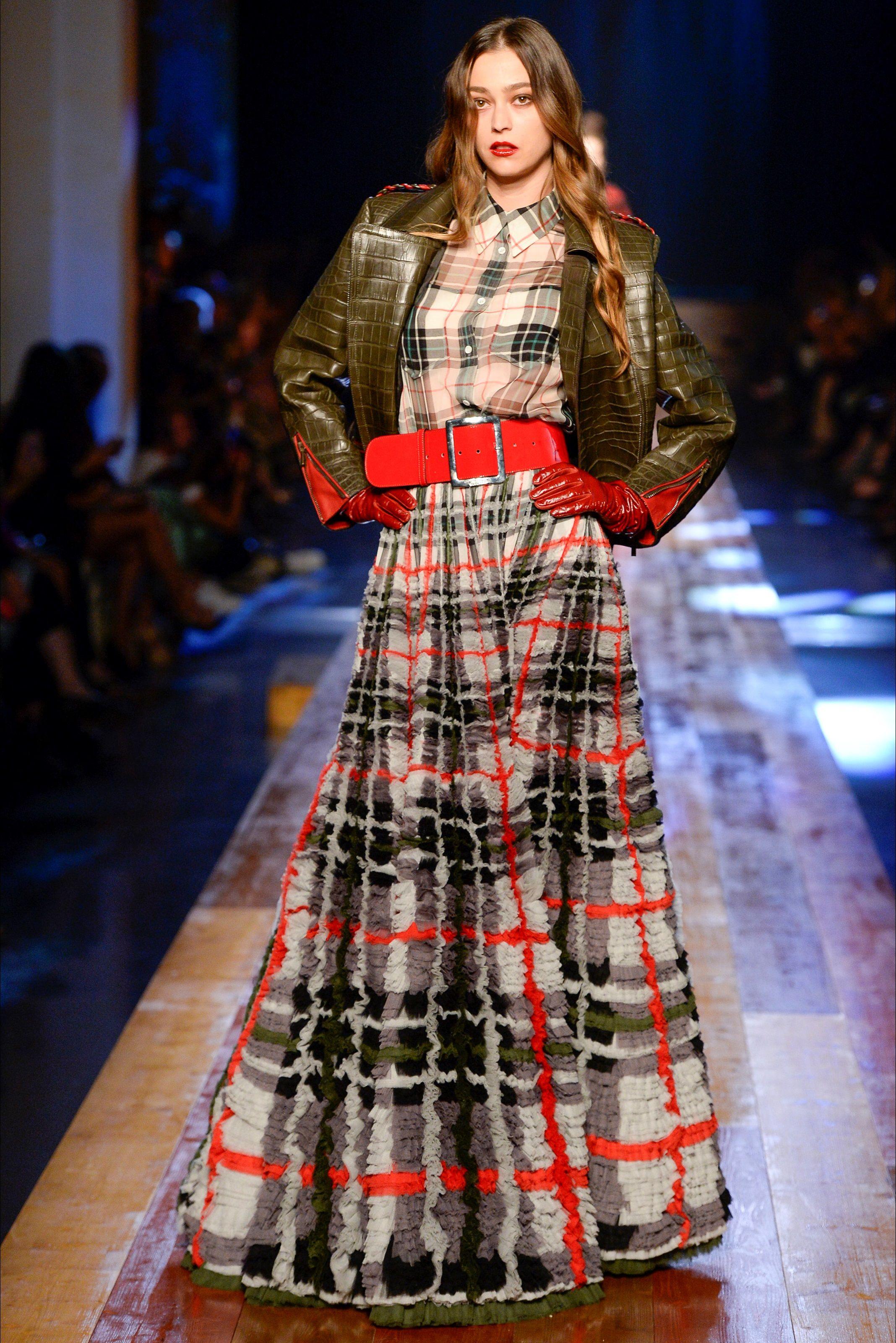 Sfilata Jean Paul Gaultier Parigi – Alta Moda Primavera Estate 2020 – Vogue