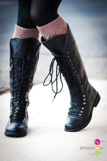 Knee High Lace up Boots No Heel Black