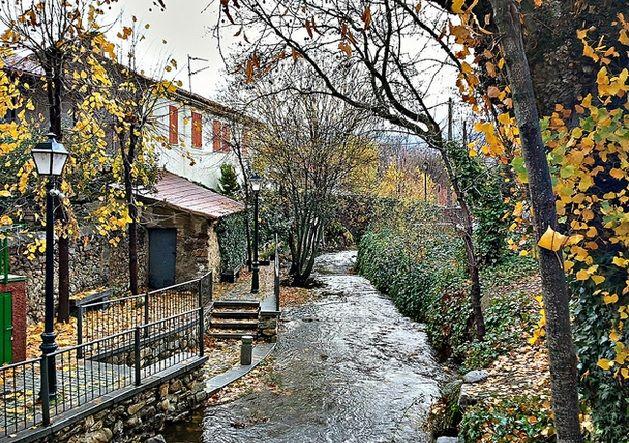 Rascafria sierra de madrid europe casas rurales - Casas gratis en pueblos de espana ...