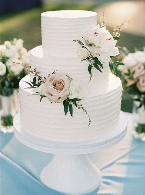 35 Chic and Elegant Wedding Cake Ideas We are Obsessed with
