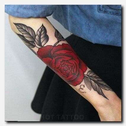 Rosetattoo Tattoo Female Thigh Tattoos Pictures border=
