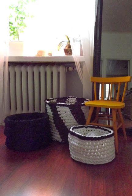 Three crochet baskets. Instructions from book Virkkuri, Molla Mills