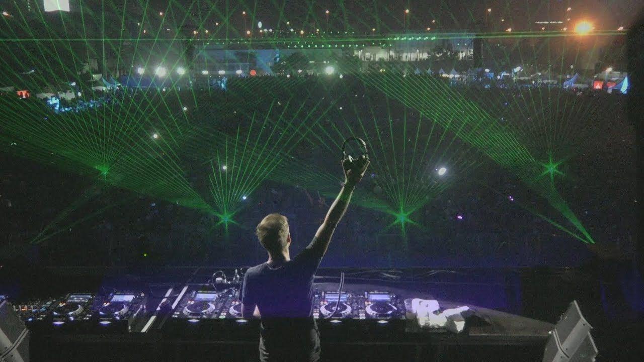 Armin Van Buuren Live At A State Of Trance 850 Bangkok Thailand