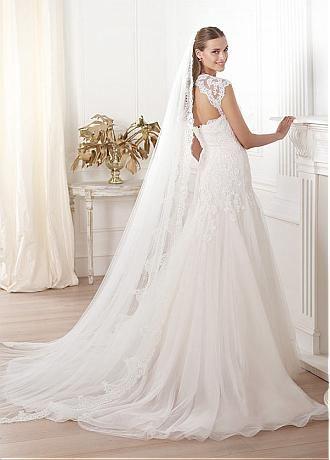 comprar Chic Tulle una línea de novia de escote vestido de novia ...