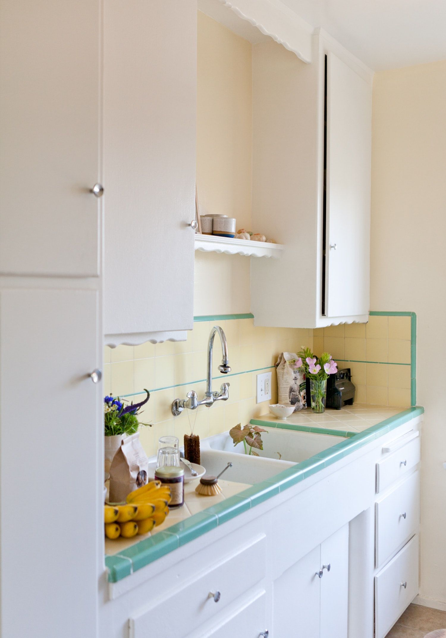 The Best Ways To Get Sticky Cooking Grease Off Cupboards Small Space Kitchen Small Kitchen Storage Clean Kitchen Cabinets