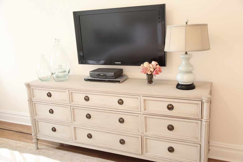 Dresser Designs For Bedroom Enchanting Tv Above Dresser In Bedroomgreat Ideagotta Get Rid Of The 2018