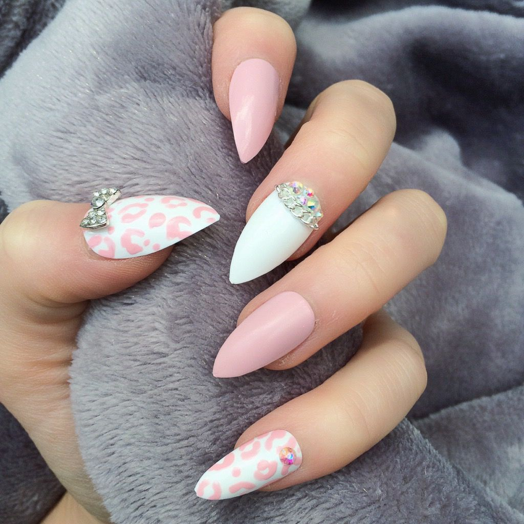 Unique Hand painted GLUE ON false nails Based in UK we Post ...