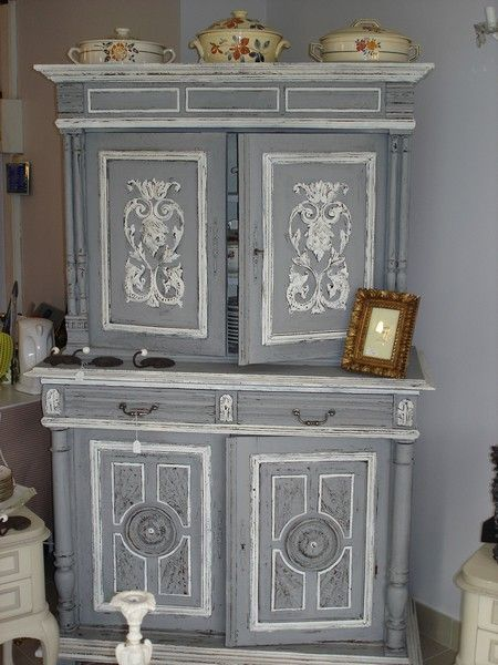 Buffet henri ii r novation pinterest correspondant for Renovation vieux meuble