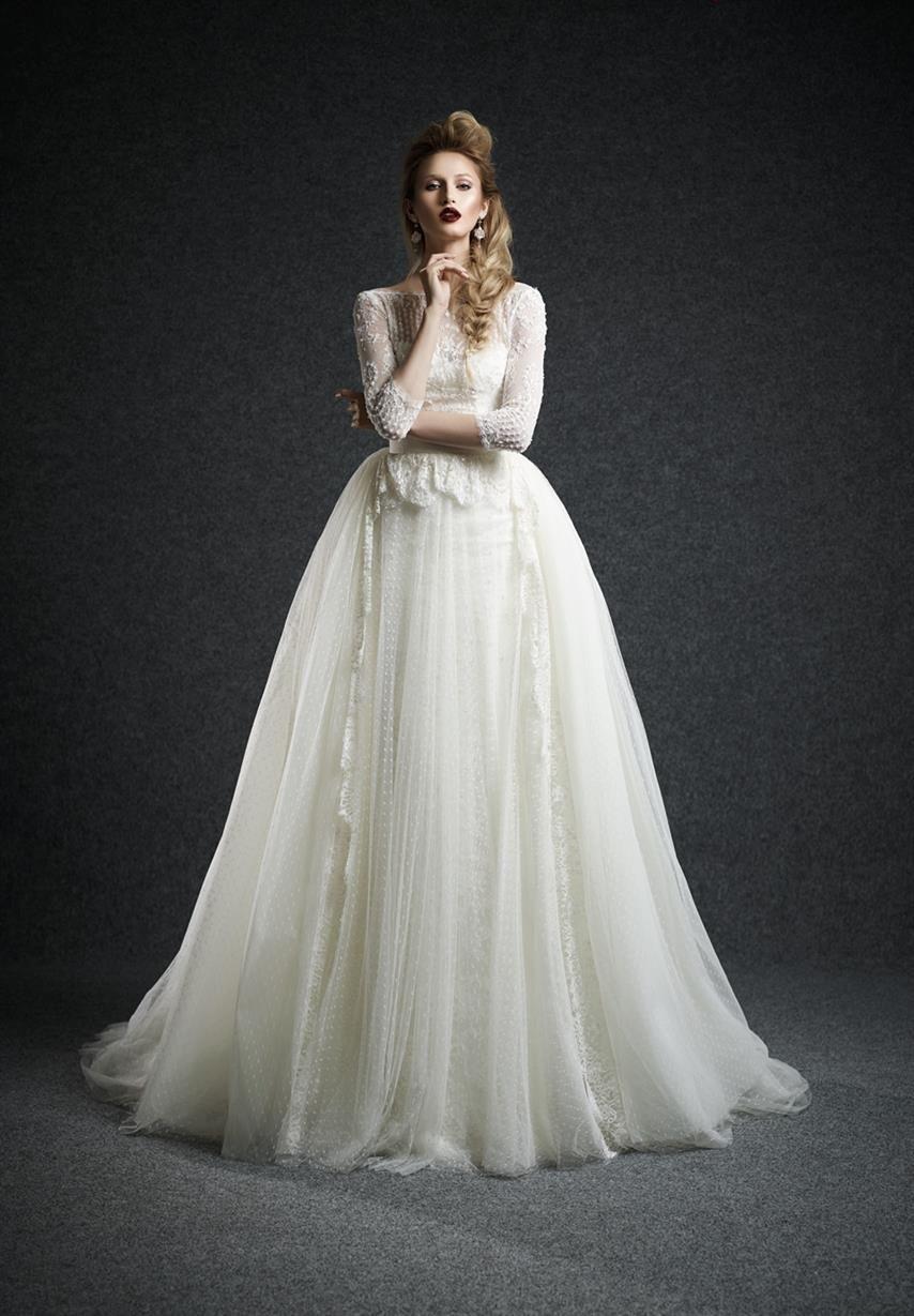 30 Exquisite & Elegant Long Sleeved Wedding Dresses