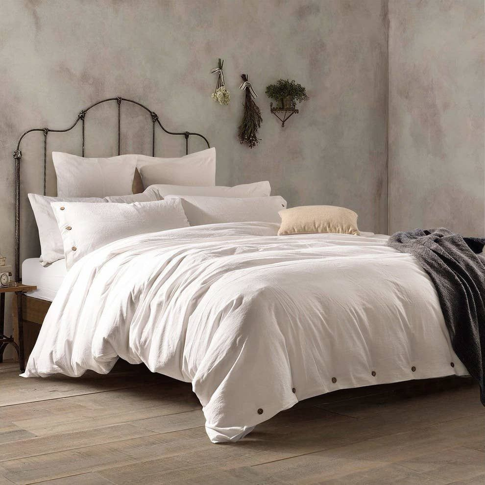 32 Of The Best Duvet Covers You Can Get On Amazon In 2020 Duvet Cover Master Bedroom Best Duvet Covers Beautiful Duvet Cover
