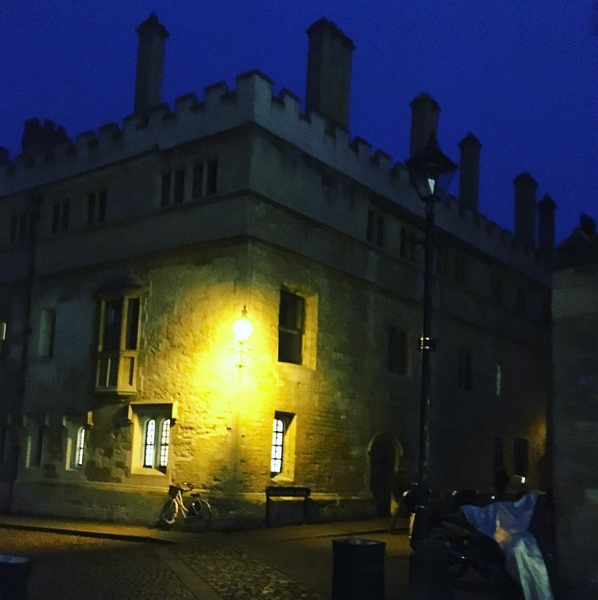 Oxford by night. #oxford #cobaltblue #yellow #night #travel