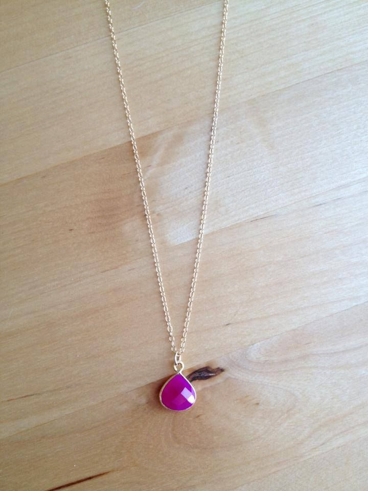 Hot Pink Chalcedony Pendant Necklace (MGN40) $42.00 Simple but striking, this hot pink chalcedony pendant measures 15mm x 12mm and hangs from a dainty 18 inch 14k gold-filled chain with lobster clasp closure. It's a very versatile necklace and a great accompaniment to your wordrobe.