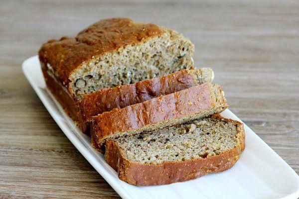 Si buscas lo práctico para preparar, este pan de barra sin gluten es excelente para una noche de sándwiches. Con dulce o salado, es buena opción saludable.