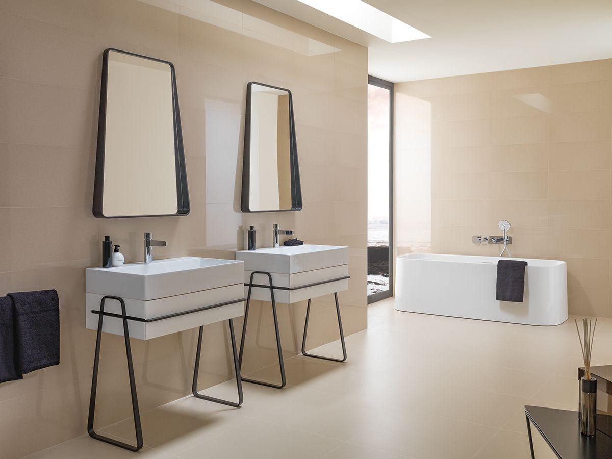 #Baños de tonalidad #beige: siempre contemporáneos, elegantes y relajantes.   El…