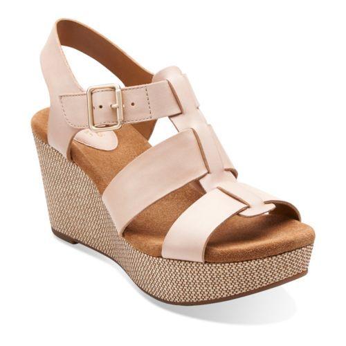 Caslynn Reece Nude Leather - Women's Medium Width - Medium Shoes - Clarks