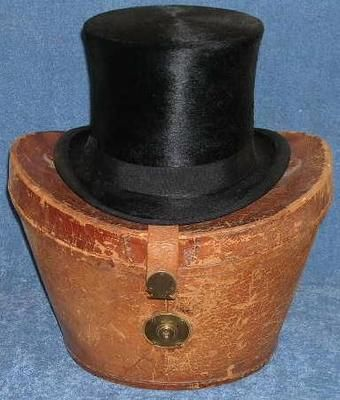Fantastic Scarce In This Condition Holt Renfrew Co 1800 S Beaver Fur Top Hat W Original Leather Travel Case As T Vintage Hat Boxes Antique Hats Hat Liner