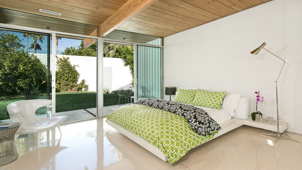 A mid century desert oasis in palm springs architecture pinterest palm springs mid century and oasis