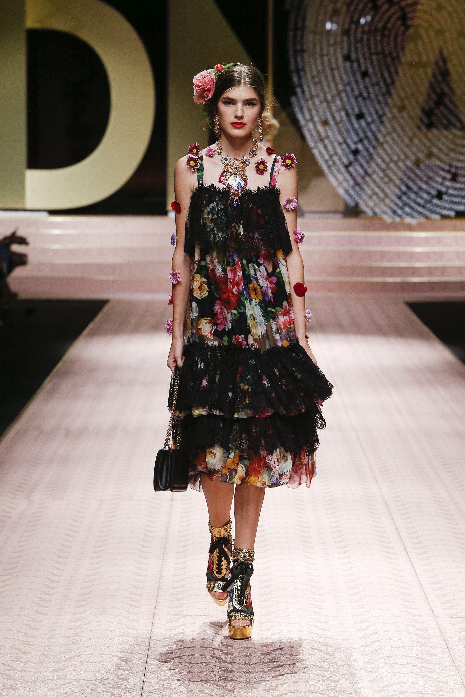 the best attitude fa8dc 1d593 Video e foto dalla passerella del Fashion Show Dolce ...