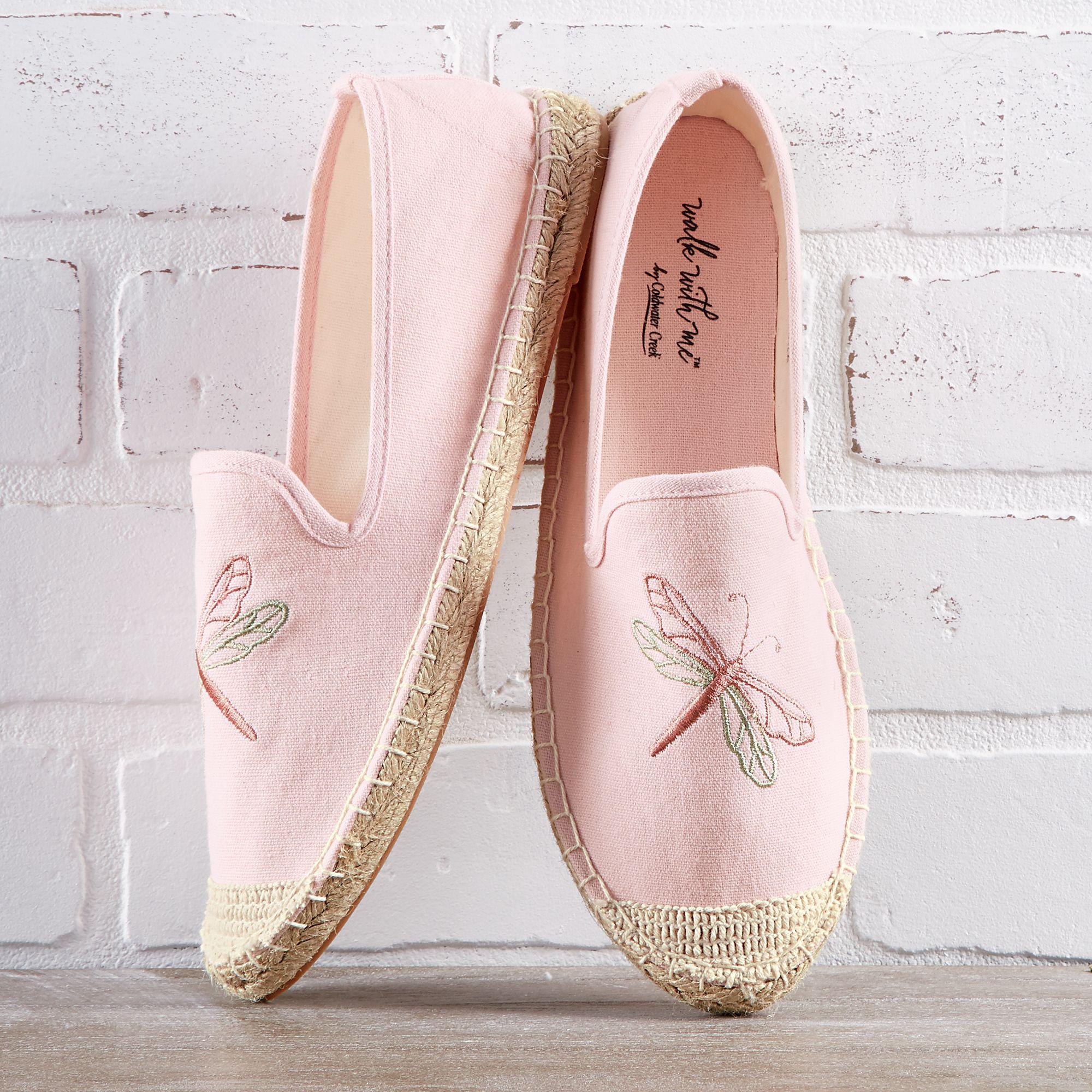 Walk in my shoes, Women shoes, Shoe style