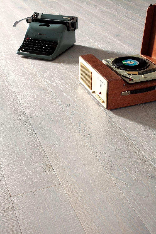 Modelo Oslo Vea Todos Nuestros Pisos En Www Floortek Com Ar Engineered Parquet Flooring Engineered Wood Floors Bleached Wood