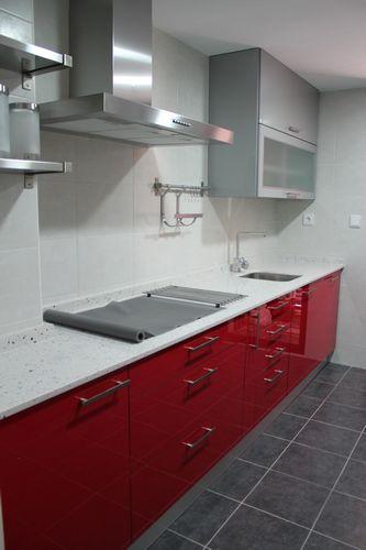Diseno de cocinas dise o de cocinas en cobena cocina for Modelo de cocina rojo y gris