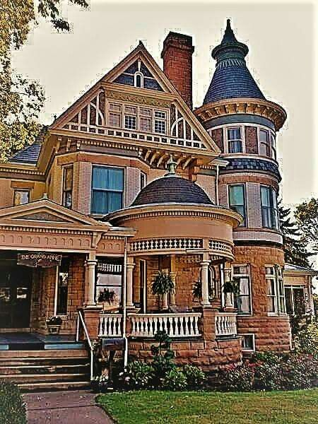 Pin By Barbara Hartman On Architecture Victorian Homes Victorian Style Homes Mansions