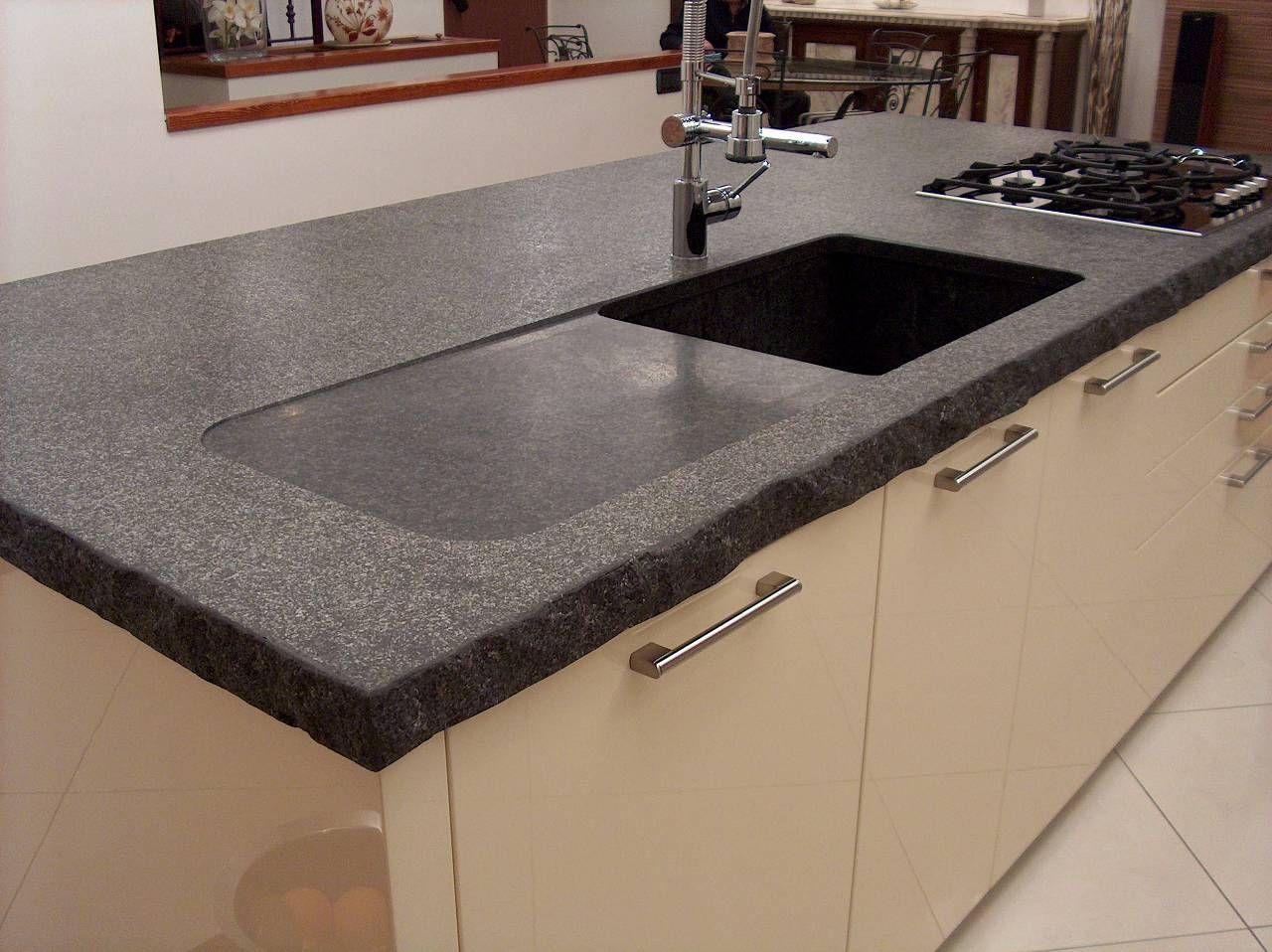 Ikea Tavoli Da Giardino Allungabili.Mobili Cucina Casa Mare Cucina In Granito Nero Tavolo Cucina