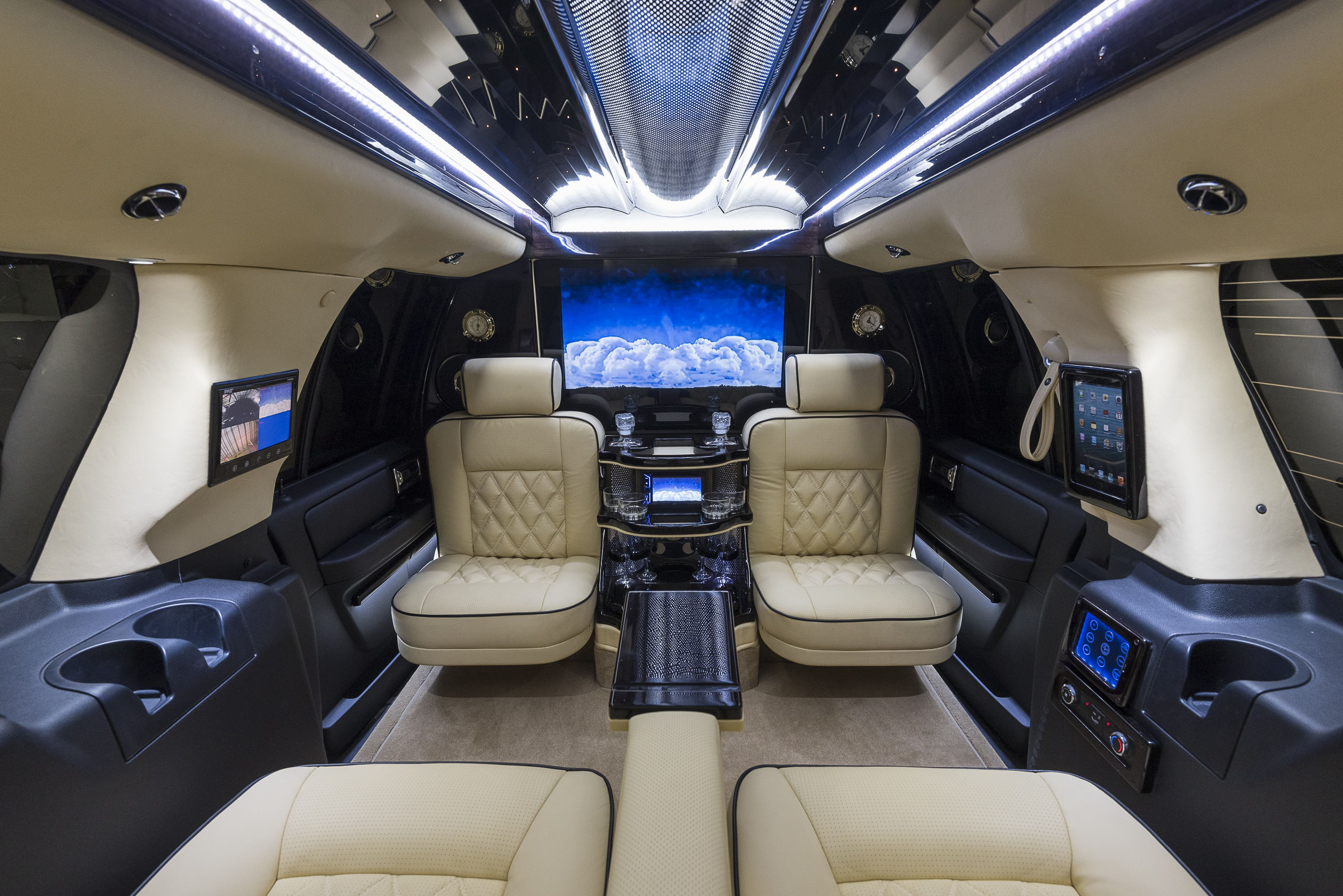 Custom Navigator Buses For Sale Limo For Sale Coach Builders