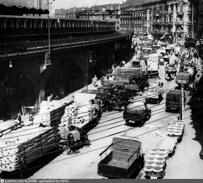 1929 Zentralmarkthalle Am Alexanderplatz Germaniya