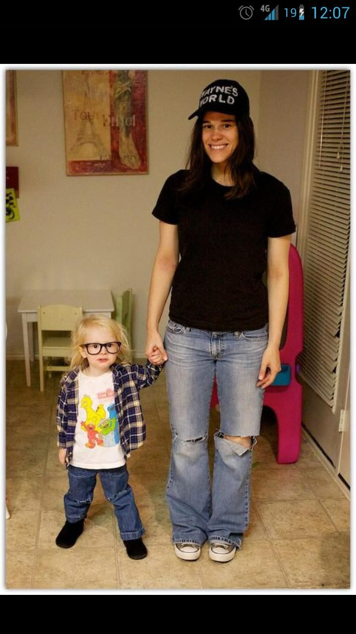 best motherdaughter costume i have ever seen - World Best Halloween Costumes