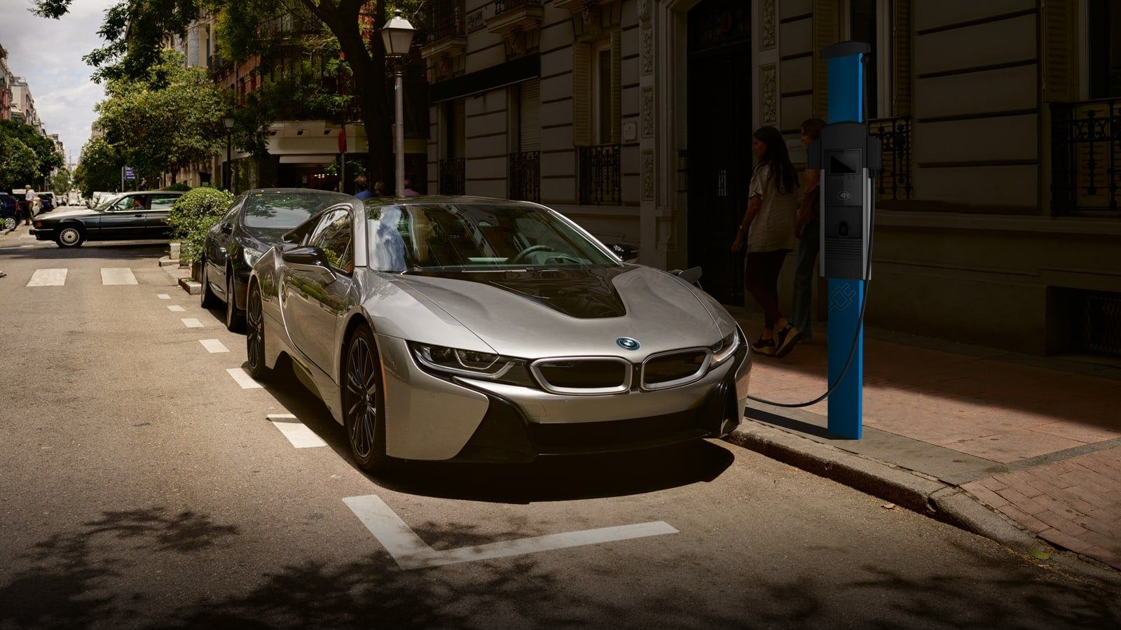 Everything You Need To Know About The 2020 Bmw I8 Are You Looking For A Luxury Vehicle That Can Do Just About Anything If You In 2020 Bmw I8 Bmw
