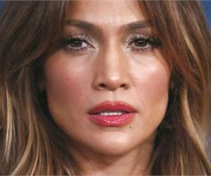 Jennifer Lopez Turned 50 And People Can T Believe How Ripped She Is Jennifer Lopez Jennifer Ripped