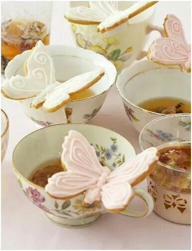 Butterfly tea time