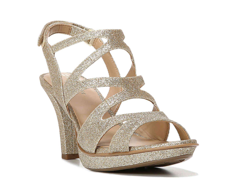 fc27884abca9 Naturalizer Dianna Sandal Women s Shoes