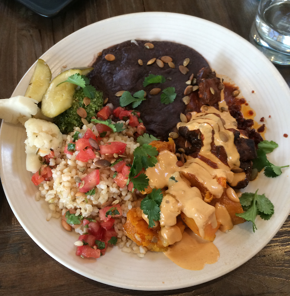 The Best Vegan Restaurant In Los Angeles For People Who Aren T Even Vegan Best Vegan Restaurants Hot Meals Healthy Plant Based Recipes