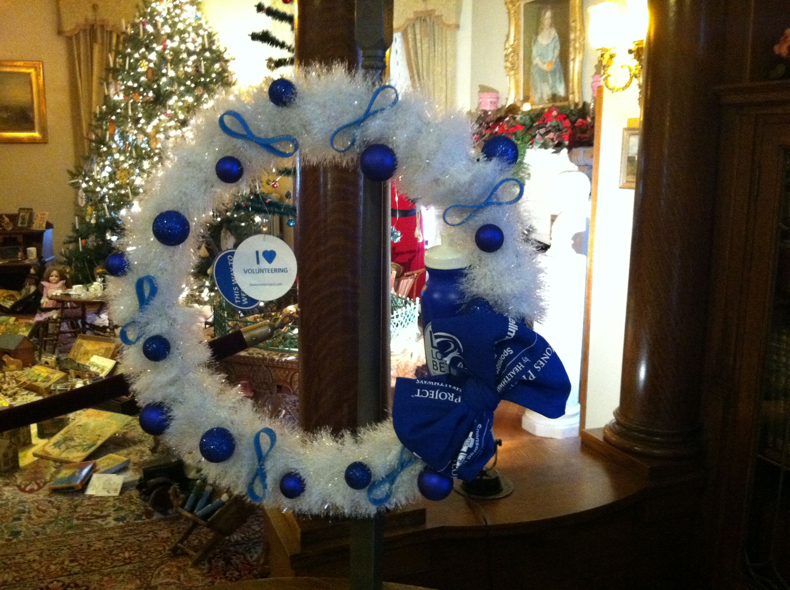 """""""Tis the Season for Volunteering"""" Wreath Blue Zones Created by Amber Wittmer"""