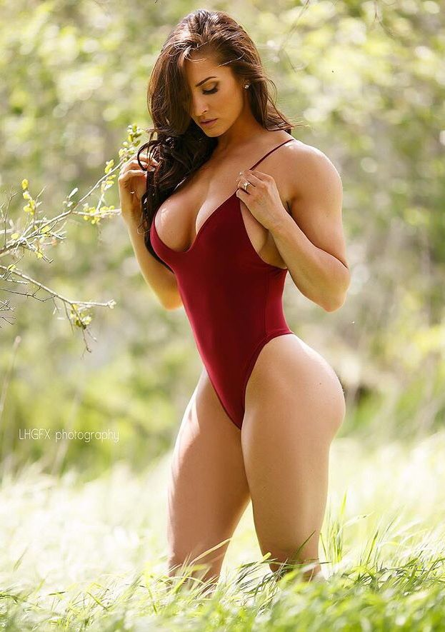 Beautiful Curvy Nude Women