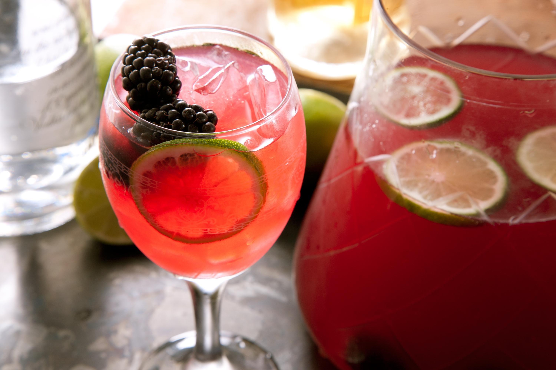 Black Rose Recipe Summer Drinks Summer Cocktails Punch Recipes