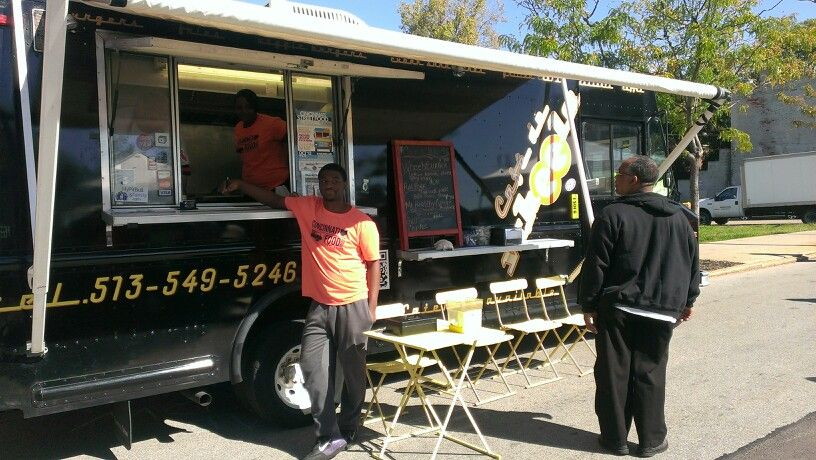 Cafe de wheelsmy first food truck experience 4yrs ago